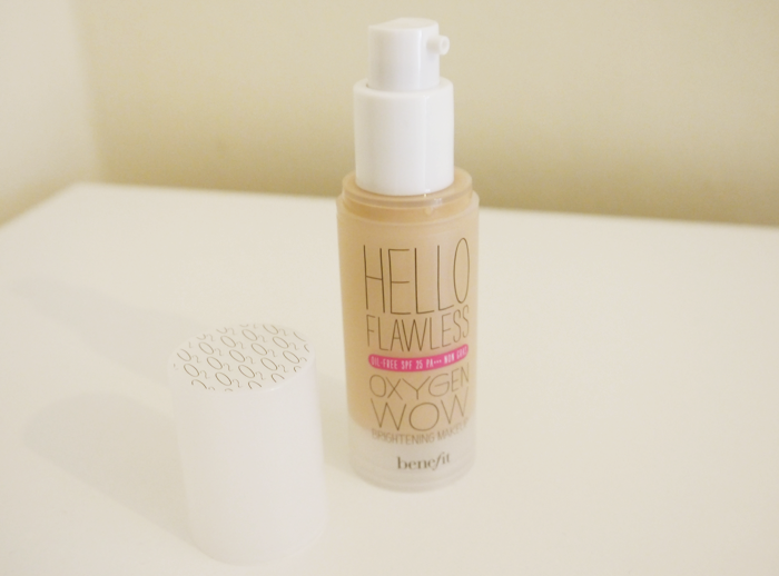 benefit hello flawless oxygen wow foundation ivory 7
