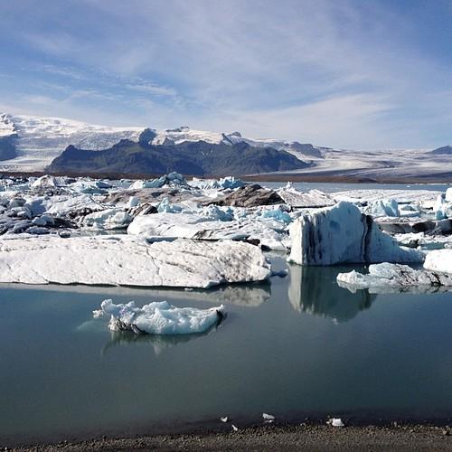 Icebergs en la laguna #iceland #islandia #tripiniceland