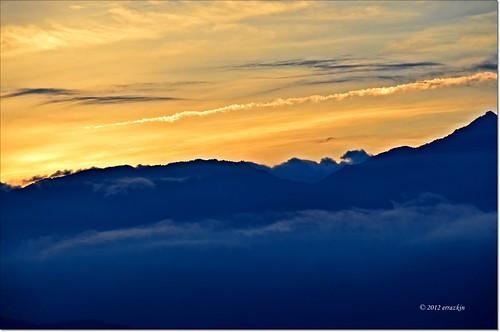sky clouds sunrise taiwan amanecer cielo nubes alishan ironde