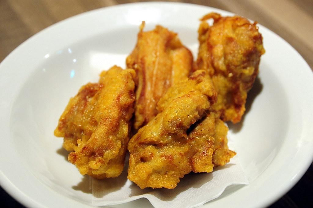 輝麵屋 - 日式炸雞塊
