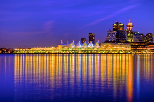 travel blue sunset sea vacation sunlight canada color colors statue azul skyline night vancouver sunrise landscape bay twilight agua colorful downtown ship cityscape bc view purple britishcolumbia centro scenic explore pacificocean viagem vista northamerica stanleypark bluehour sight scape majestic canadaplace cor hdr beatiful ferias roxo tidewater photomatix americadonorte oceanopacifico tonemapped majestoso anawesomeshot nikonafsdxnikkor1685mmf3556gedvr nikond5100 luishenriqueboucault pwpartlycloudy