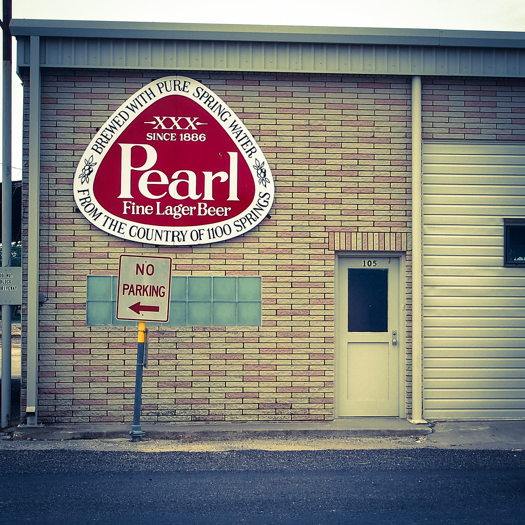 Pearl Building - Poth, TX