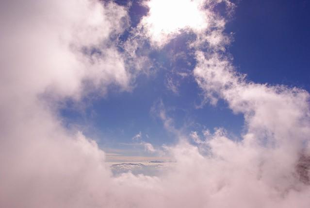 雲の中を歩く