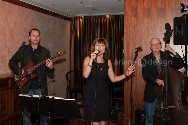 Black Sage Vineyard launch/Lesimore perform for guests - http://www.lesismoremusic.com