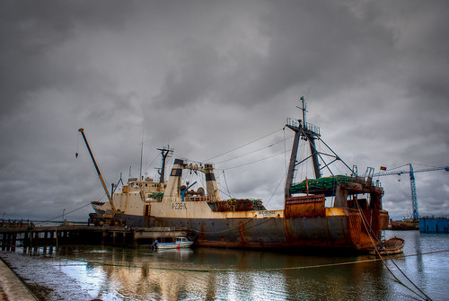 boat rust barco explore ferrugem mygearandme mygearandmepremium mygearandmebronze