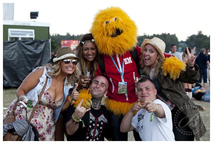 Gig Junkies + The Honey Monster!