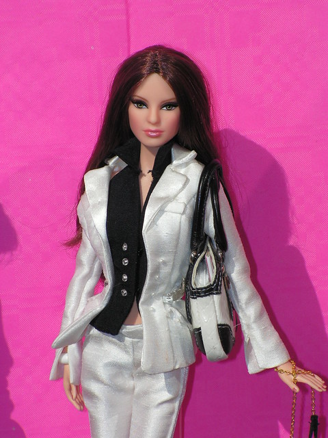Barbie Basic Louboutin