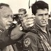 Tony-Scott-and-Tom-Cruise-on-the-Top-Gun-set-585x370