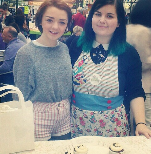 ARYA STARK! :o she got cupcakes off me zomg (im more excited than I look here lol)