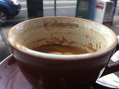 salep(0.0), atole(0.0), food(0.0), dish(0.0), espresso(1.0), flat white(1.0), cup(1.0), caf㩠au lait(1.0), coffee(1.0), coffee cup(1.0), caff㨠macchiato(1.0), caff㨠americano(1.0), drink(1.0), caffeine(1.0),