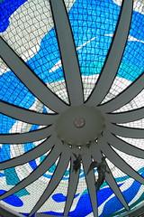Cathédrale Metropolitaine Notre-Dame de l'Apparition (Cheminée en Vitraux) - Brasilia - Brésil