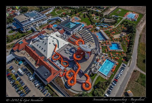 Aerial Photography - Sonnentherme Lutzmannburg - Burgenland - 2012-08-29 by g-flights.at