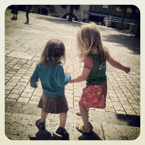 Zusjes op reis