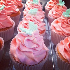 Cosmo cupcakes