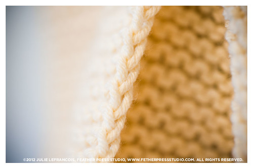 Knitting Edge Stitch Tutorial : Free knitting tutorial how to knit stripes and a selvedge
