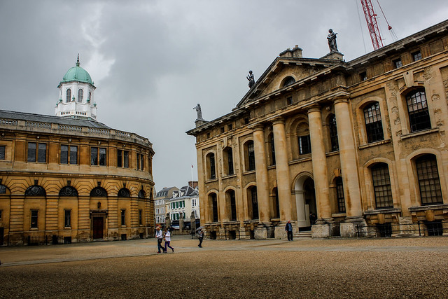 Sheldonian Theatre y Clarendon Building