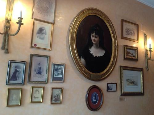 Retratos y fotografías de Emilia Pardo Bazán (Casa-museo)