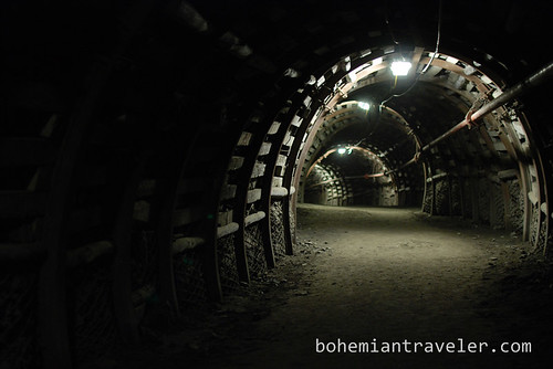 inside coal mine Guido