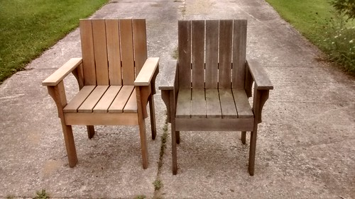 Cedar Chairs Before and After Sanding