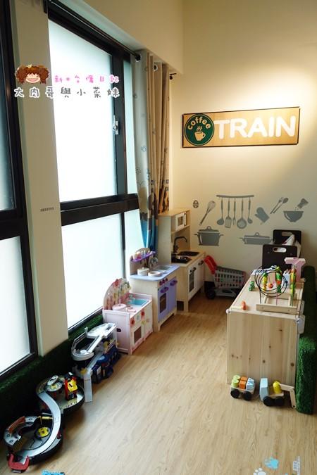 火車快飛親子餐廳 (17).JPG