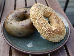 土, 2012-08-04 07:03 - Fairmout Bagel