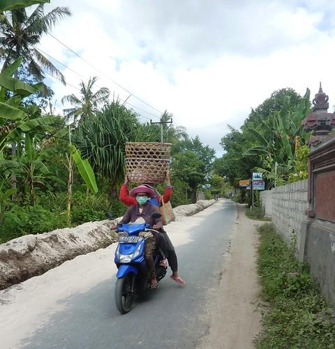 Bali-Lembongan-Jungutbatu-village (4)