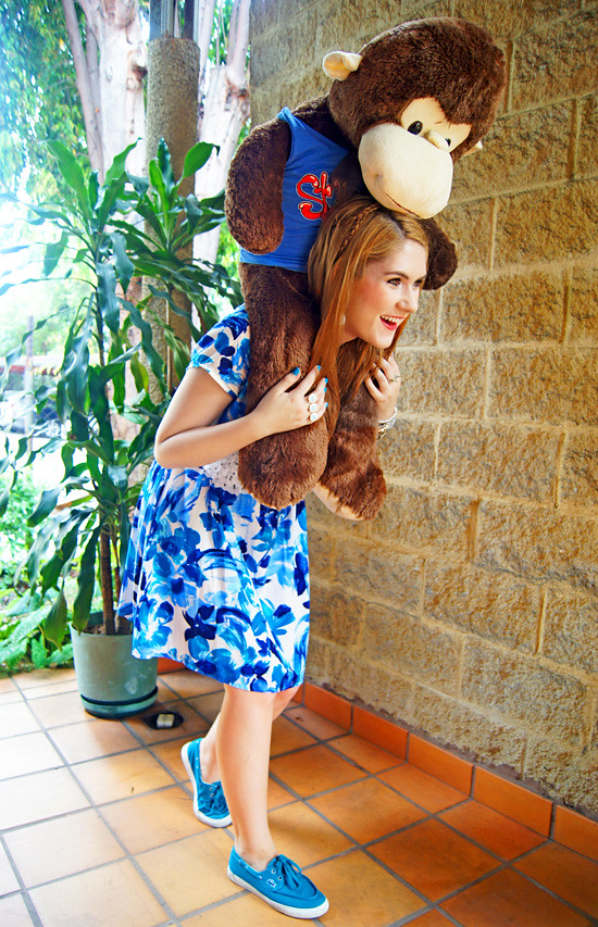 Floral dress and Monkey by The Joy of Fashion (11)