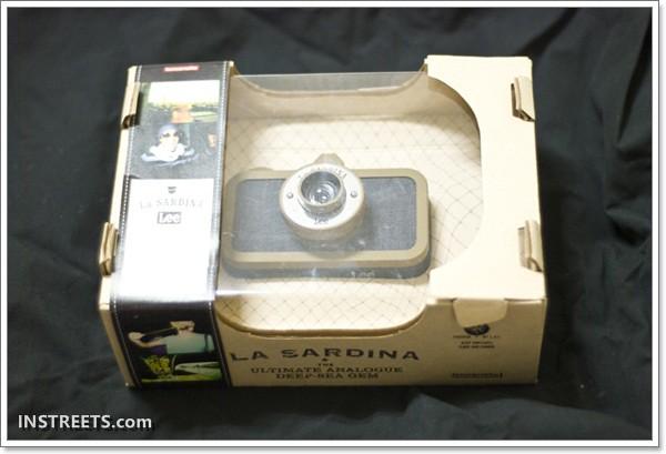 【開箱文】Lomography La Sardina X Lee Jeans《LOMO牛仔褲相機》