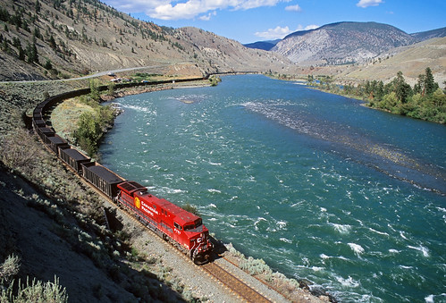 railroad canada train bc britishcolumbia canadianpacific martel cp thompsonriver coaltrain thompsonrivercanyon