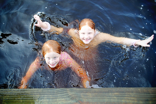 swimming girls