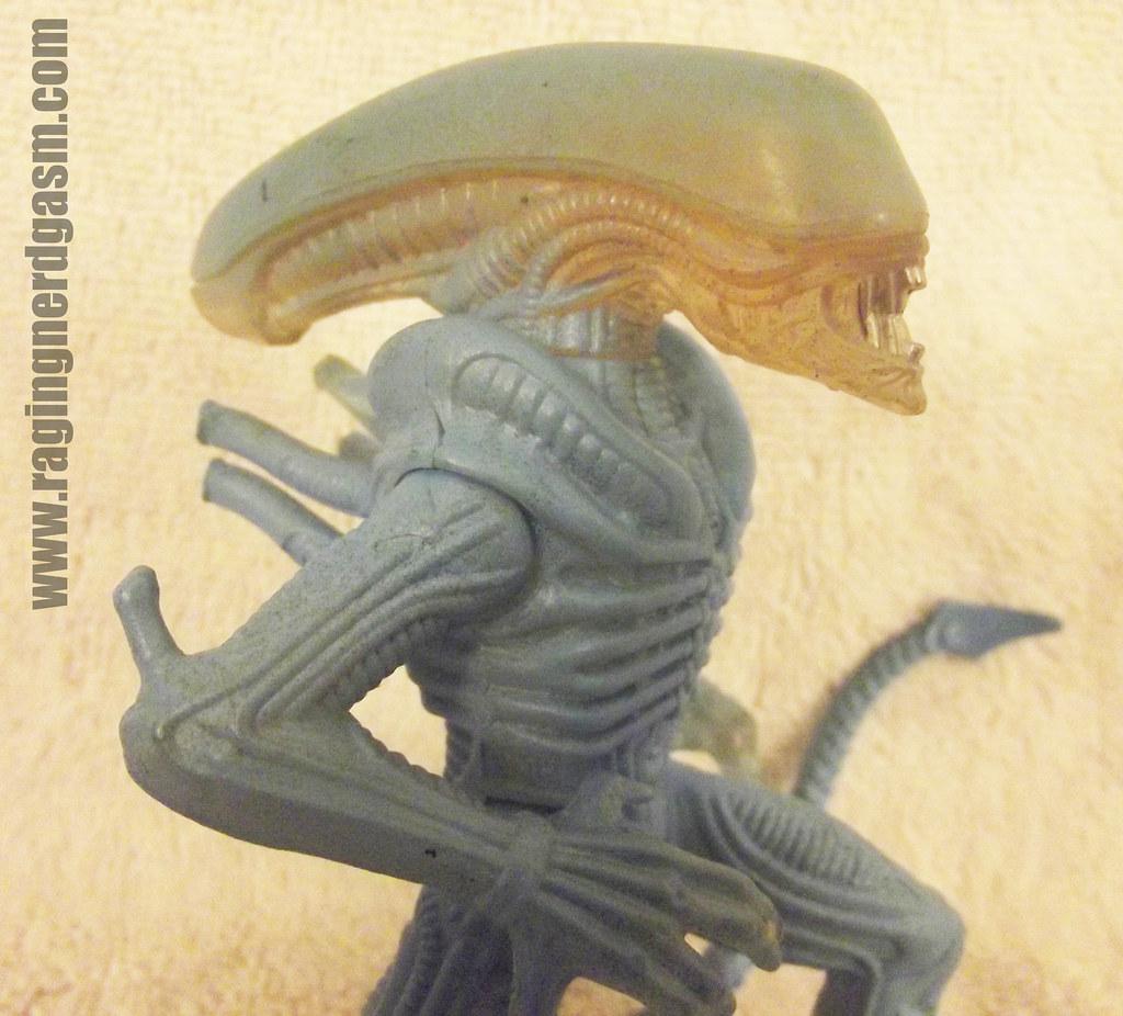 Alien Drone KB Toys Exclusive007