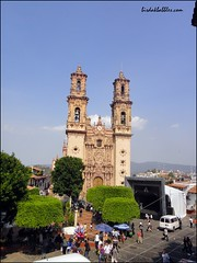 Sta. Prisca Church in Taxco, from afar