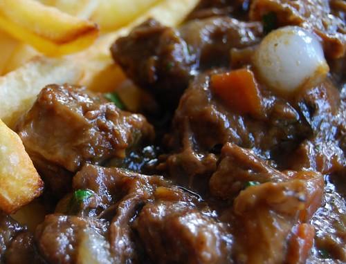 Vlaamse stoofpot met frieten