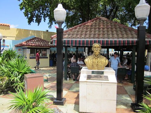 Dominos Park, Little Havana (by: Infrogmation, creative commons)