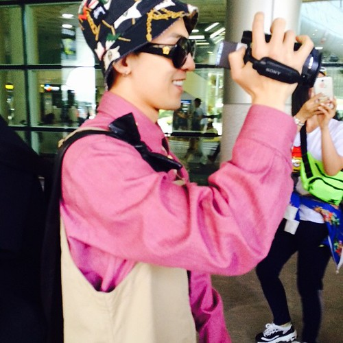 Big Bang - Jeju Airport - 19may2015 - G-Dragon - rangrang_ - 01