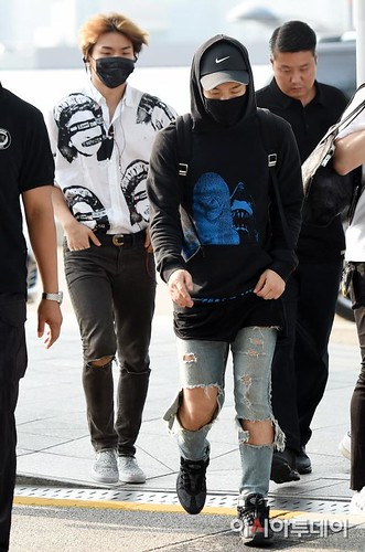 Big Bang - Incheon Airport - 07aug2015 - Press - 01