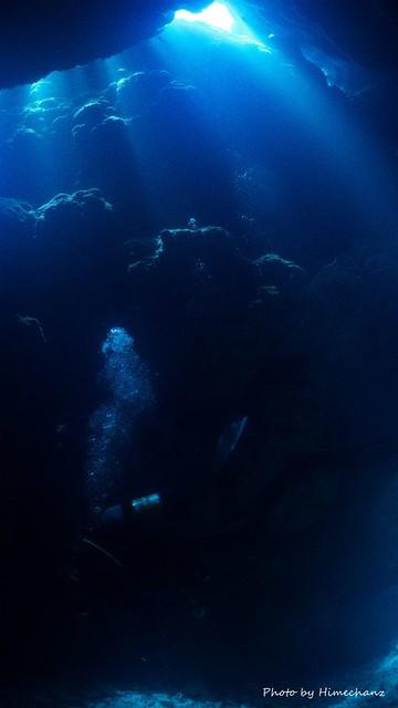 洞窟の光もいい感じでした♪