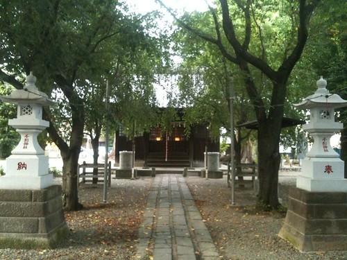 At 千形神社