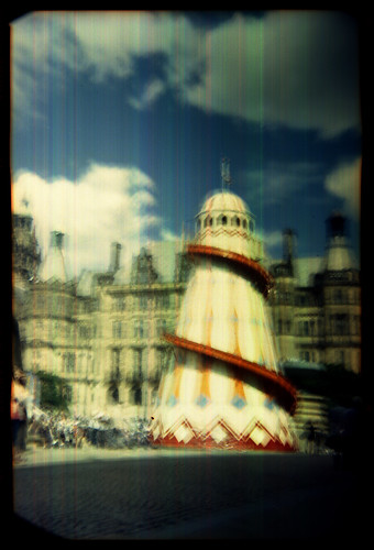 shaky helter-skelter by pho-Tony