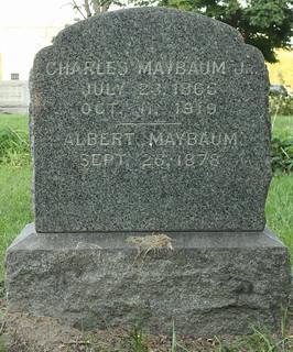 Charles Maybaum Jr. gravestone