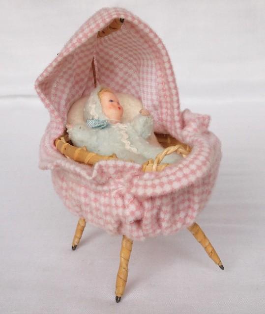 1965 erna meyer baby im himmelbett flickr photo sharing. Black Bedroom Furniture Sets. Home Design Ideas
