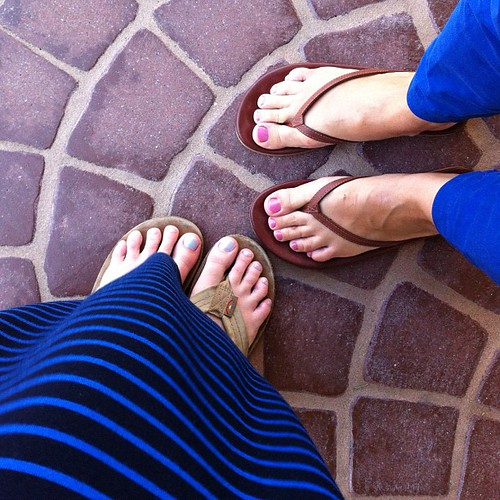 243/366 :: mother daughter pedicures