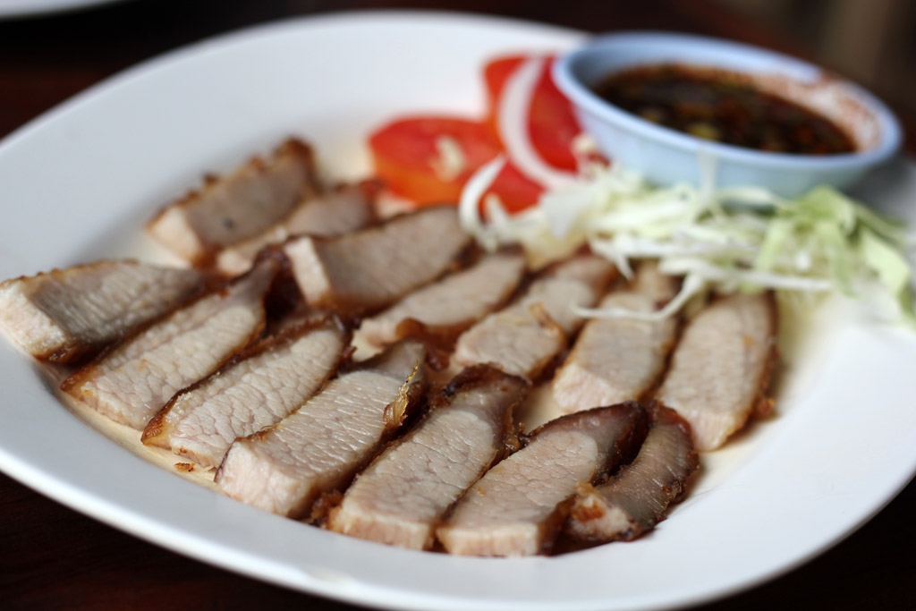 Kaw Moo Yang (คอหมูย่าง) - Grilled Pork Neck