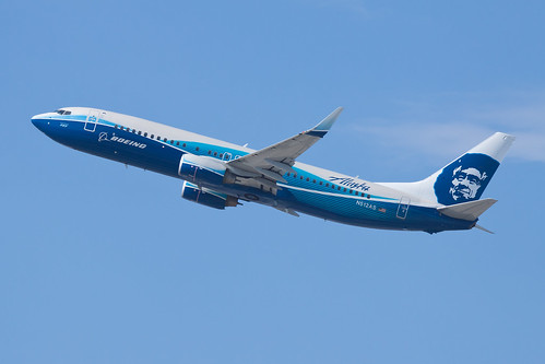 Alaska Airlines Boeing 737-800 N512AS