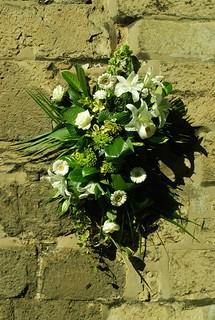 DSC_1718-flowers-outside-church