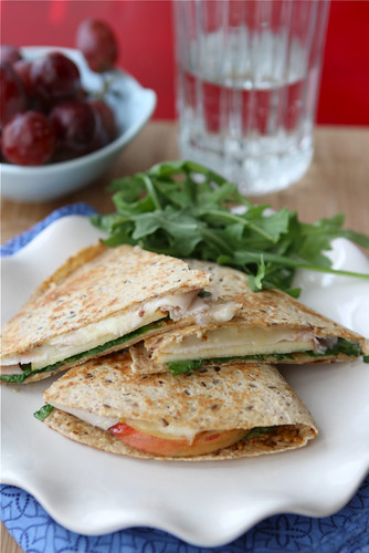 Quesadilla Recipe with Smoked Turkey, Apples, Havarti Cheese & Arugula