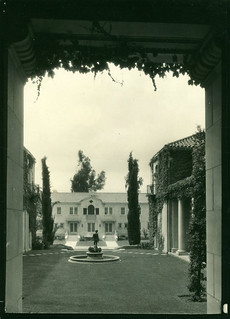 View of Lebus Courtyard in 1939