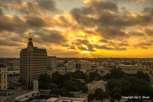 sanantonio sunrise nikon texas tourist alamo ida touristattraction riverwalk d800 rememberthealamo goldensunrise idashum idacshum idacshumphotography tpslandscape
