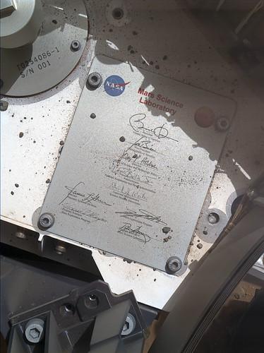 "CURISITY sol 45 MAHLI ""human signatures on Mars"""