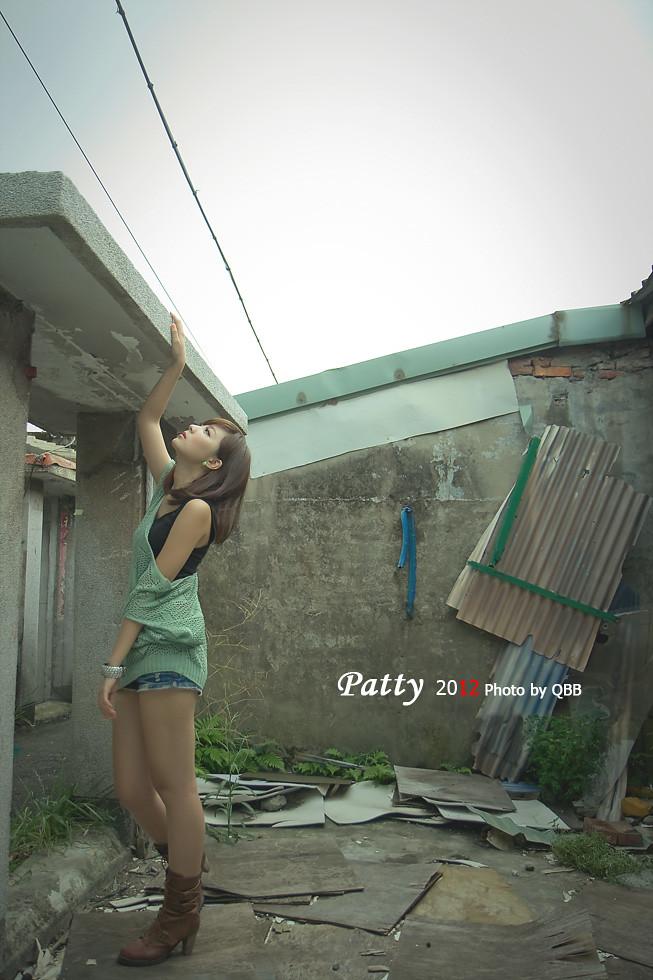 。。。小豬  Patty  居安廢墟。。。